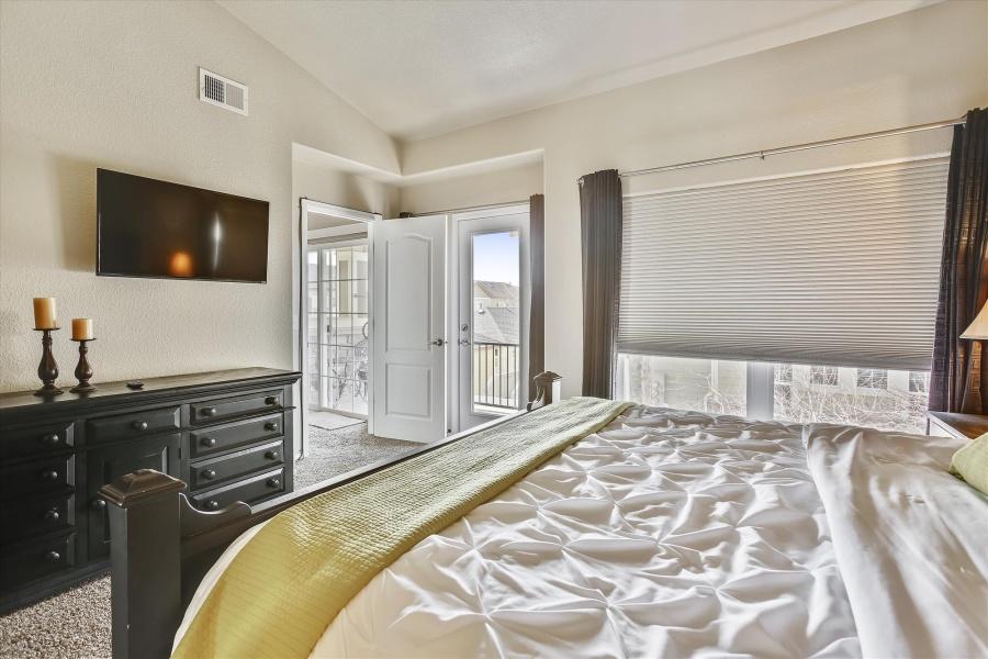 5014 Brookfield Dr Unit D, Fort Collins, Colorado 80528, 2 Bedrooms Bedrooms, ,2 BathroomsBathrooms,Condo,Furnished,Brookfield Dr Unit D,1044