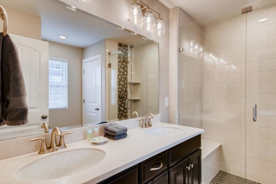 Aurora, Colorado, 80016, 4 Bedrooms Bedrooms, ,3.5 BathroomsBathrooms,Townhome,Furnished,S. Winnipeg St.,1472