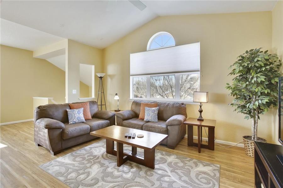 Loveland, Colorado, 80538, 3 Bedrooms Bedrooms, ,2 BathroomsBathrooms,Condo,Furnished,Grays Peak Drive, #201 ,1059