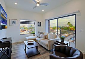 Phoenix, Arizona, 1 Bedroom Bedrooms, ,1 BathroomBathrooms,Condo,Furnished,Verde Park,N. 9th,3,1207