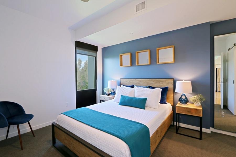 200 W Portland St., #420, Phoenix, Arizona 85003, 2 Bedrooms Bedrooms, ,2 BathroomsBathrooms,Condo,Furnished,W Portland,4,1232