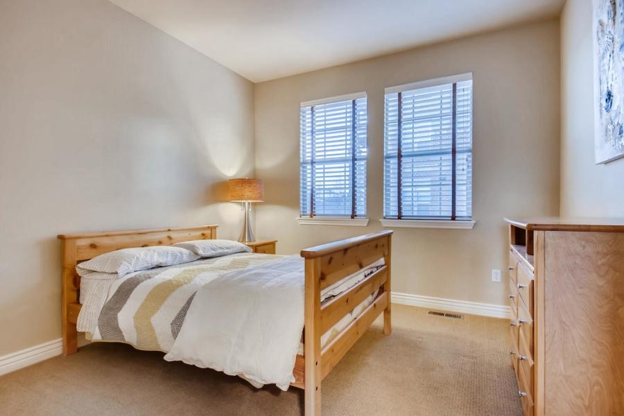 10152 Inverness Main Street, Englewood, 80112, 3 Bedrooms Bedrooms, ,3.5 BathroomsBathrooms,Condo,Furnished,Vallagio at Inverness,Inverness Main,1240