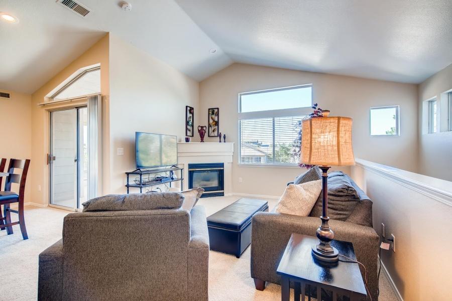 6401 S. Boston Street, Greenwood Village, Colorado, United States 80111, 2 Bedrooms Bedrooms, ,2 BathroomsBathrooms,Apartment,Furnished,Bridgwater, S. Boston Street,2,1277