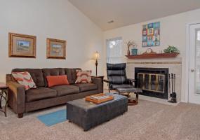 Colorado Springs, Colorado, 80918, 1 Bedroom Bedrooms, ,1 BathroomBathrooms,Condo,Furnished,Red Deer,Troy ,1287