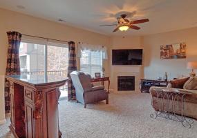 Colorado Springs, Colorado, 2 Bedrooms Bedrooms, ,2.5 BathroomsBathrooms,Townhome,Furnished,Creekside Village,Flash,1302