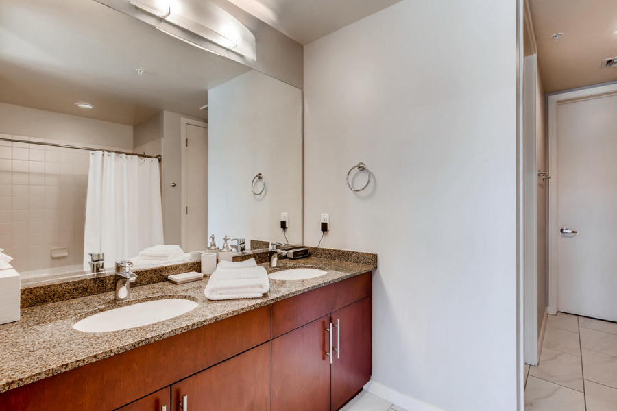 353 E Bonneville Av, #533, 89101, Las Vegas, 1 Bedroom Bedrooms, ,1 BathroomBathrooms,Condo,Furnished,Juhl,E Bonneville,5,1315