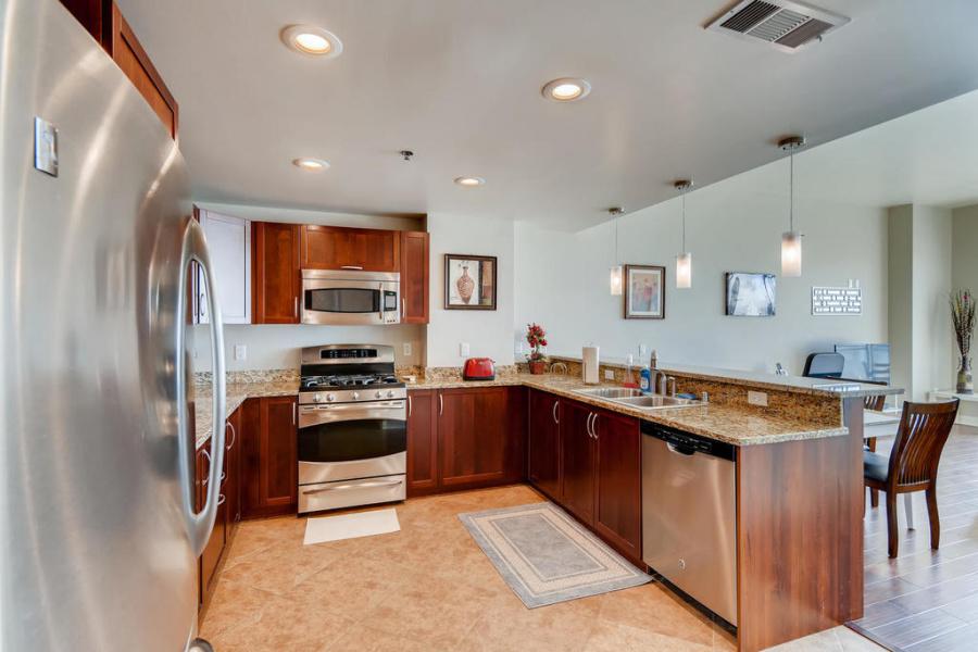 Las Vegas, Nevada, 89101, 2 Bedrooms Bedrooms, ,2 BathroomsBathrooms,Apartment,Furnished,The Ogden,Las Vegas ,12,1326