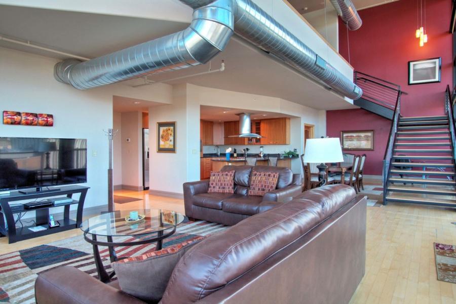 417 E Kiowa St., #1206, Colorado Springs, Colorado 80903, 2 Bedrooms Bedrooms, ,2.5 BathroomsBathrooms,Loft,Furnished,E Kiowa,12,1343