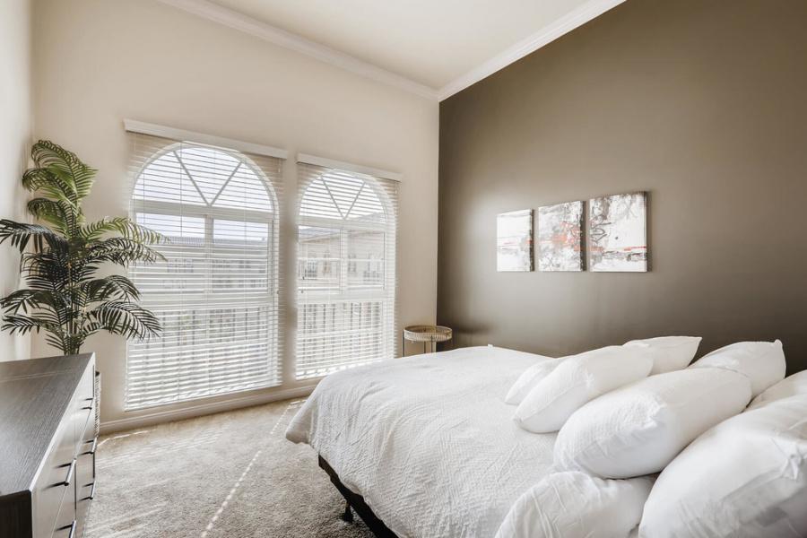 2455 W Serene Ave, #3918, Las Vegas, Nevada 89123, 2 Bedrooms Bedrooms, ,2 BathroomsBathrooms,Condo,Furnished,Boca Raton,W Serene,9,1347