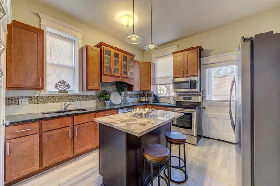 5777 Pershing Avenue, St. Louis, Missouri 63112, 2 Bedrooms Bedrooms, ,1.5 BathroomsBathrooms,Apartment,Furnished,Pershing,1,1353