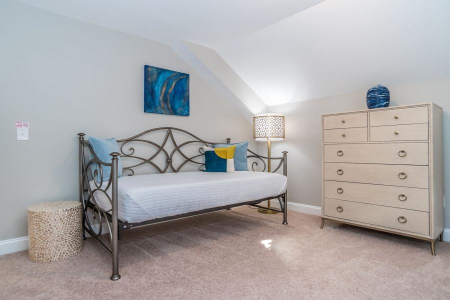 Raleigh, North Carolina, 3 Bedrooms Bedrooms, ,2.5 BathroomsBathrooms,House,Furnished,Pineland,1388
